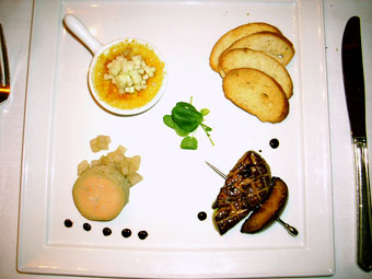 Trio of Hudson Valley Foie gras, three ways: torchon of vanilla scented pear, brulee and green apple, brochette and grilled stone fruit
