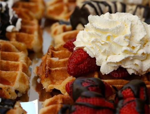 zinnekins-zinnekens-zinikins-belgian-waffle-2